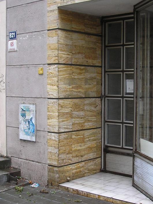 OK HONOR s.r.o. - Odstranění graffiti Ostrava - Poruba